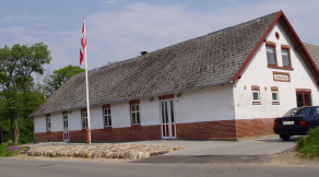 Sennels forsamlingshus, Thomasminde